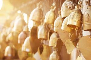 cloches bouddhistes photo