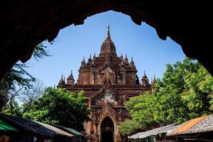 temple shwegugyi photo