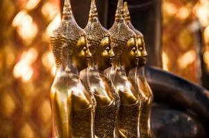 alignement des bouddhas