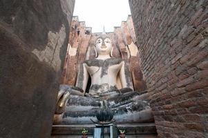 ancienne statue de Bouddha. Parc historique de Sukhothai, Thaïlande