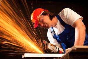 ouvrier, couper, métal photo
