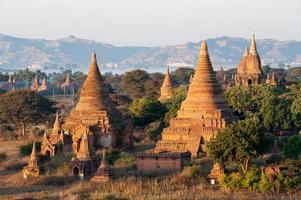 pagodes bagan photo