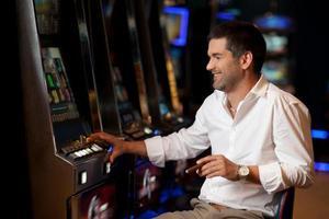 espérant gagner un joueur de casino photo
