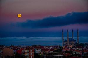 mosquée selimiye et lune photo