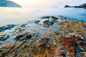 coulé dans les ruines de la mer d'une ancienne civilisation