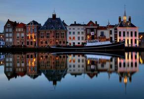 paysage urbain historique de maassluis photo