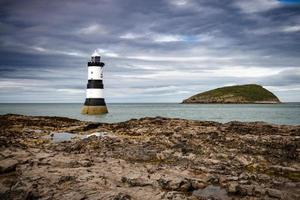 phare près de puffin island photo