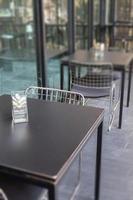 décor succulent sur une table photo
