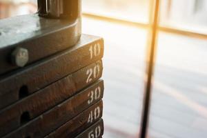 plaque d'acier dans la salle de gym