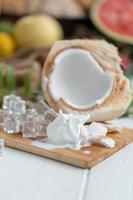 glace au lait de coco photo
