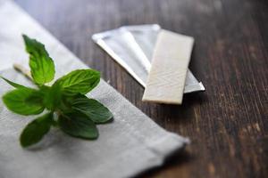 chewing-gum aux feuilles de menthe