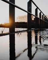 silhouette de clôture en métal noir photo