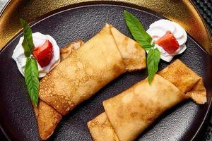 crêpes aux fraises photo
