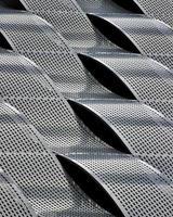 structure en métal gris