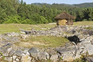 ruines du village celtique photo