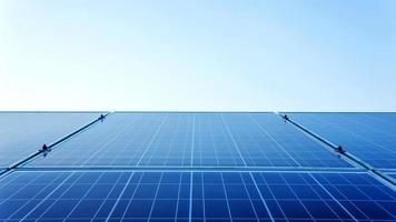 panneaux solaires contre photo