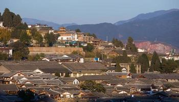 vue de dessus de la vieille ville de lijiang.