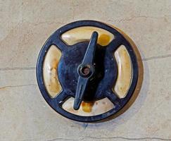 l'ancienne découpe sur mur métallique photo