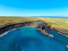 vue aérienne d'un plan d'eau photo