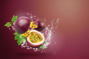 eau éclaboussant sur fruit de la passion frais photo