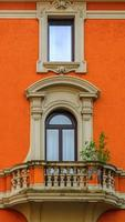 façade de maison romaine photo