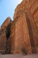 monastère sculpté dans la pierre. photo