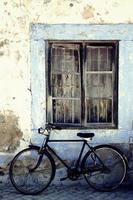 bicicleta antigua photo
