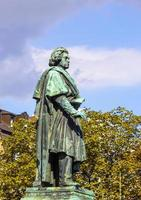 Monument de Beethoven sur la munsterplatz à Bonn photo