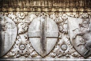 Gros plan du bas relief à santa croce photo
