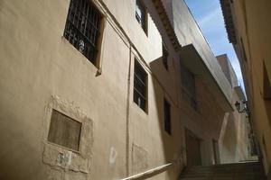 sombras y luces en fachada photo
