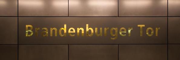 Brandenburger tor lettres berlin allemagne photo