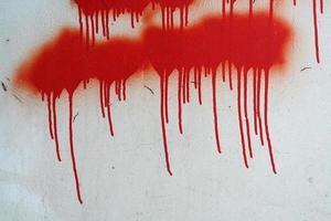 larmes rouges de peinture photo