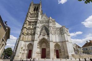 cathédrale de st. etienne, auxerre, france. photo