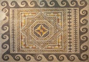 mosaïque romaine géométrique