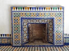 cheminée / cheminée décorée orientale