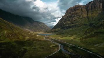 route entre les falaises photo