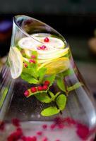 boisson fraîche moderne de beauté saine on_you_table photo