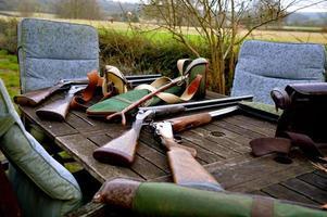 pistolets et sacs de cartouches photo