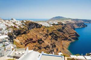 Vue panoramique de l'île de Santorin, Grèce photo