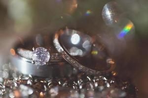 bague de mariage et de fiançailles en diamant