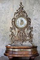 horloge de cheminée intérieure photo