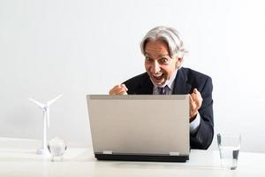 Un homme d'affaires qui réussit photo