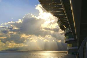 scène de balcon de bateau de croisière