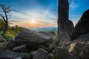 Lever du soleil au parc national de Shenandoah en Virginie
