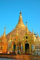 pagode shwedagon myanmar photo