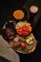 repas cuisiné avec garniture