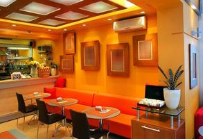 intérieur de bar café moderne photo