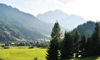 Alpes juliennes ensoleillées photo