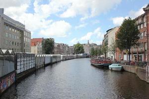 rivière de la ville d'Amsterdam photo