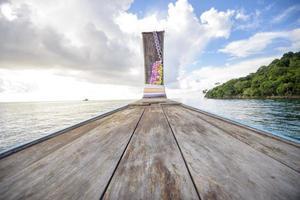 bateau thaïlandais à longue queue photo